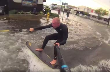 Street surfing, quand Nub TV profite des inondations dans le new jersey